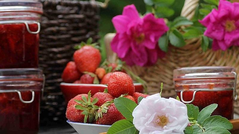Полезное варенье из лепестков роз с изысканным вкусом