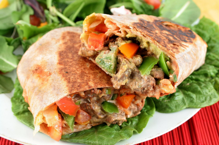 Сытное мексиканское буррито: узнайте как приготовить вкусное и весьма многоликое блюдо