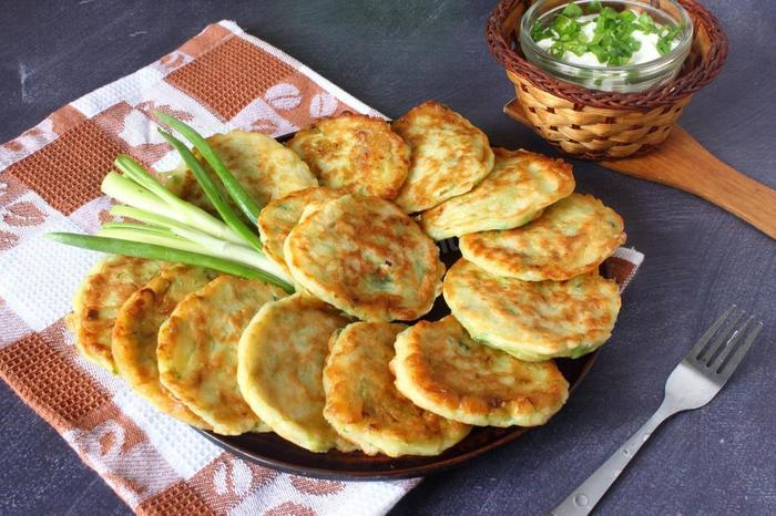 Готовим кабачковые оладьи: вкусный перекус или изысканное блюдо?