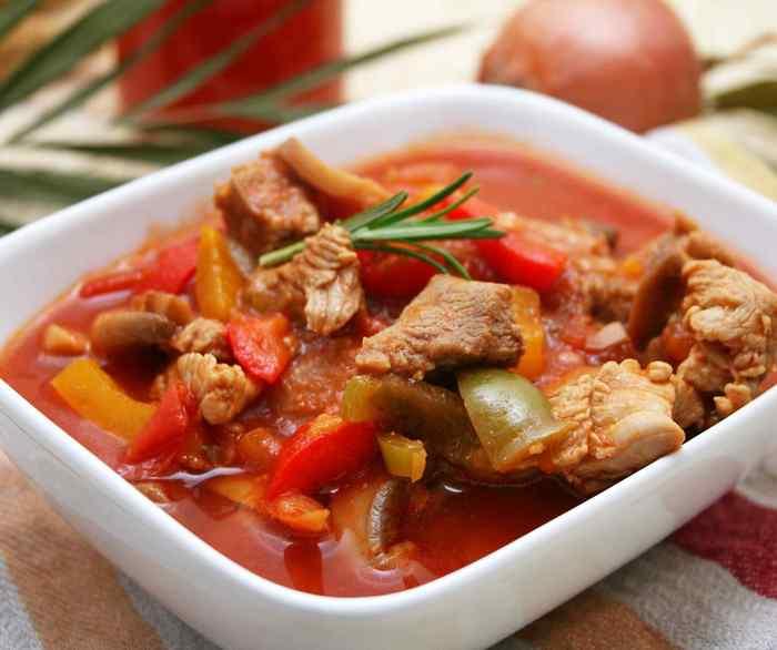 Нежное и сочное тушеное мясо в мультиварке: подборка рецептов для любого вида мяса