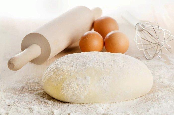 Учимся готовить идеальное дрожжевое тесто для пирогов: радуем своих родных вкусной выпечкой